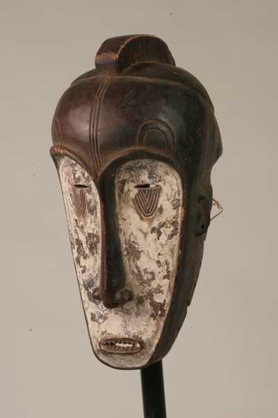masque africain allonge